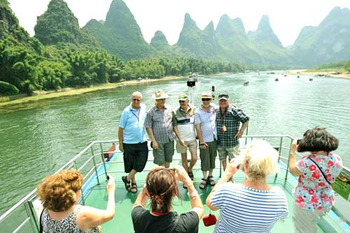 7-day Essence of Beijing & Guilin Tour